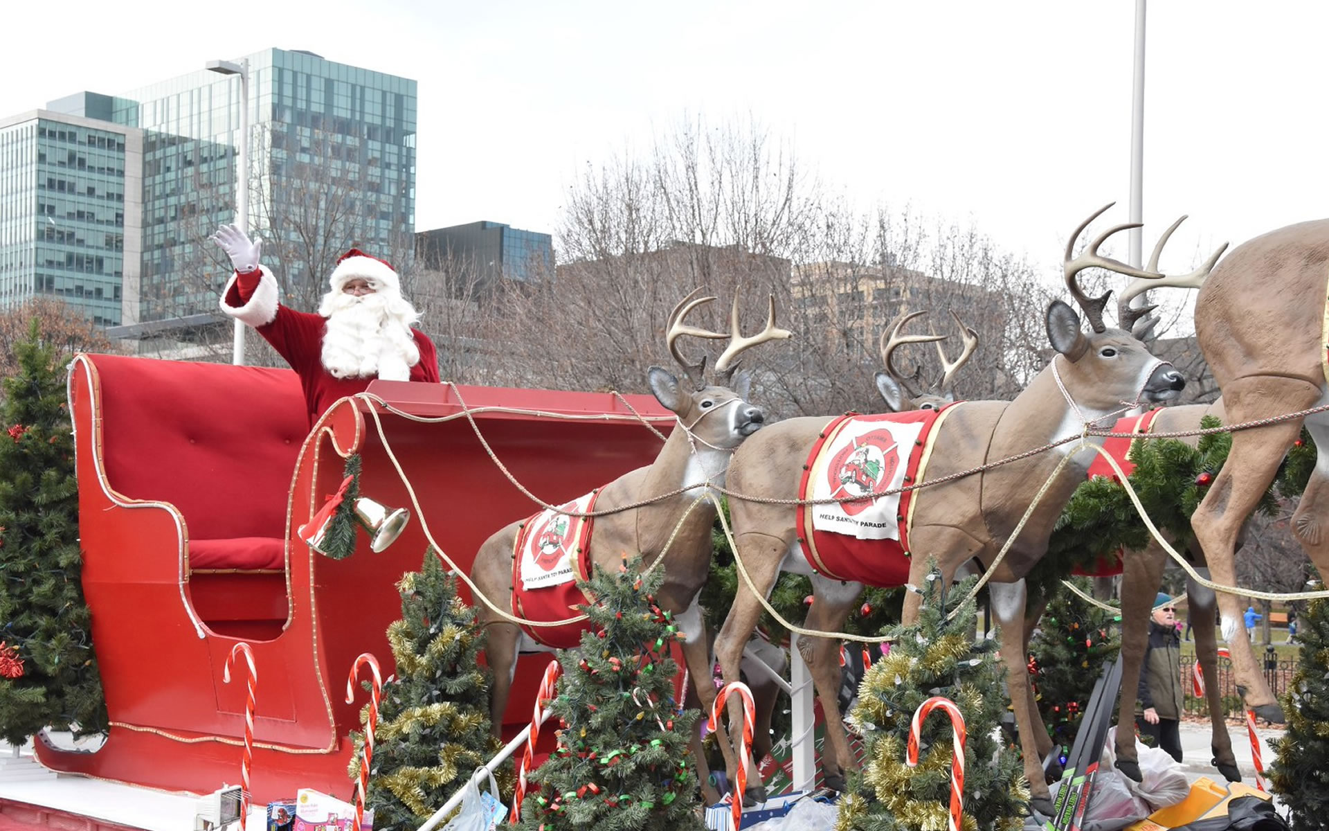 Santa Claus Parade, hockey and Craft Fair all in the Glebe this weekend